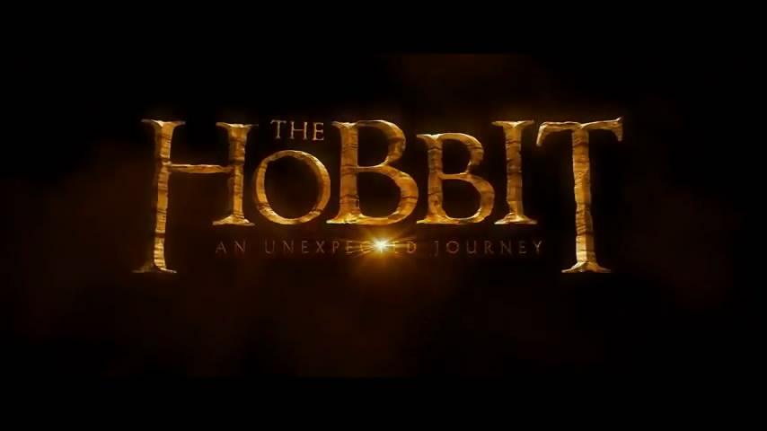天维网 12月3日 报道,距离《霍比特人》在各大院线上映还有一周多的时间,@新西兰天维网 特别推出上映倒计时专题微博幕后花絮大揭秘,让我们共同见证这部巨作的诞生!  电影记述了霍比特人比尔博巴金斯与   #霍比特人上映倒计时#【幕后花絮(8)】《霍比特人》第一部于2011年3月21日开机至2012年7月6日杀青,剧组共历经了226个拍摄日(其中包括127天的外景拍摄)。本集花絮将描述最后一天的拍摄故事。另外,大导演还把我们的视线带到了美国圣迭戈的动漫展。