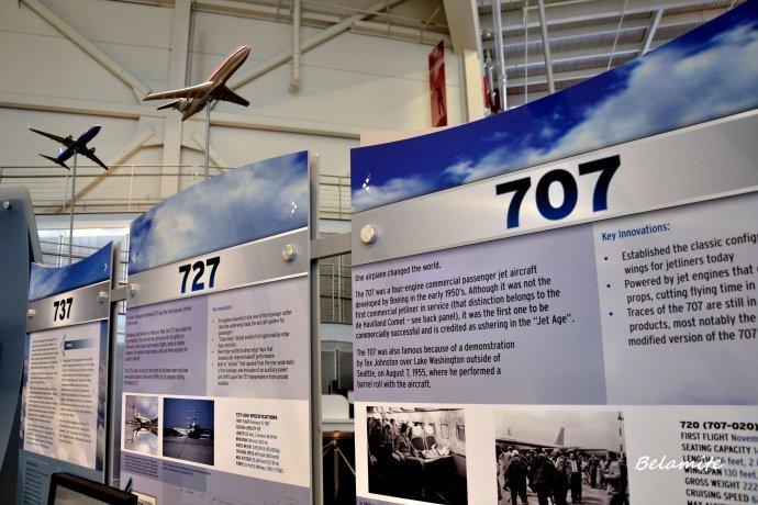 博物馆的展示厅,那里有波音飞机的分解部件□□发动机,驾驶