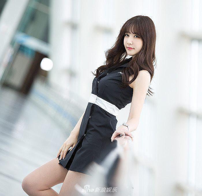 韩国美女车模洪智妍 清纯性感可爱俏皮!(组图)